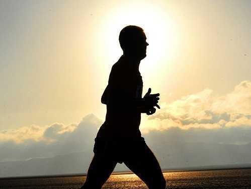 Do athletes have pelvic pain?